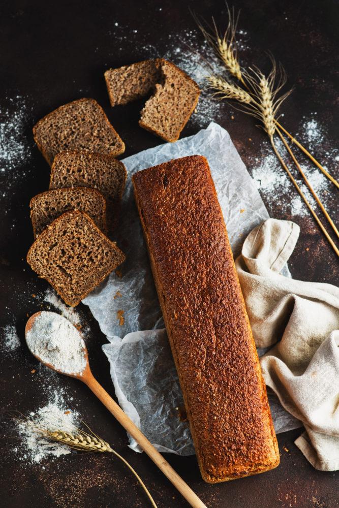 Chleb-pełnoziarnisty-(2)