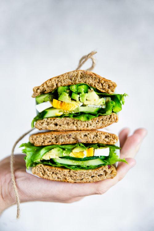 Gyczana kanapka z zielonym nadzieniem