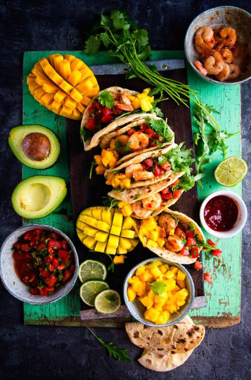 Meksykańskie tacos z krewetkami i mango