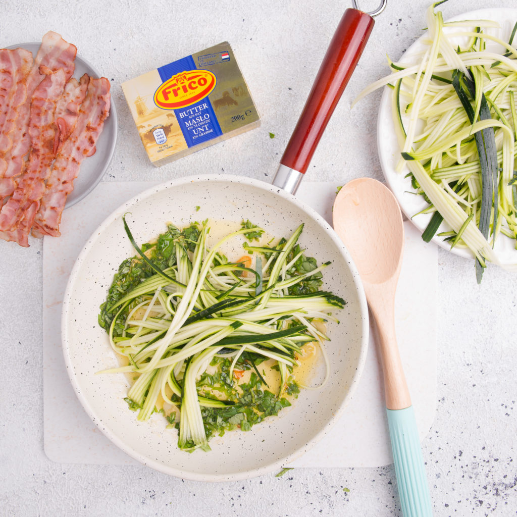 FRICO – zucchini pasta with herb butter